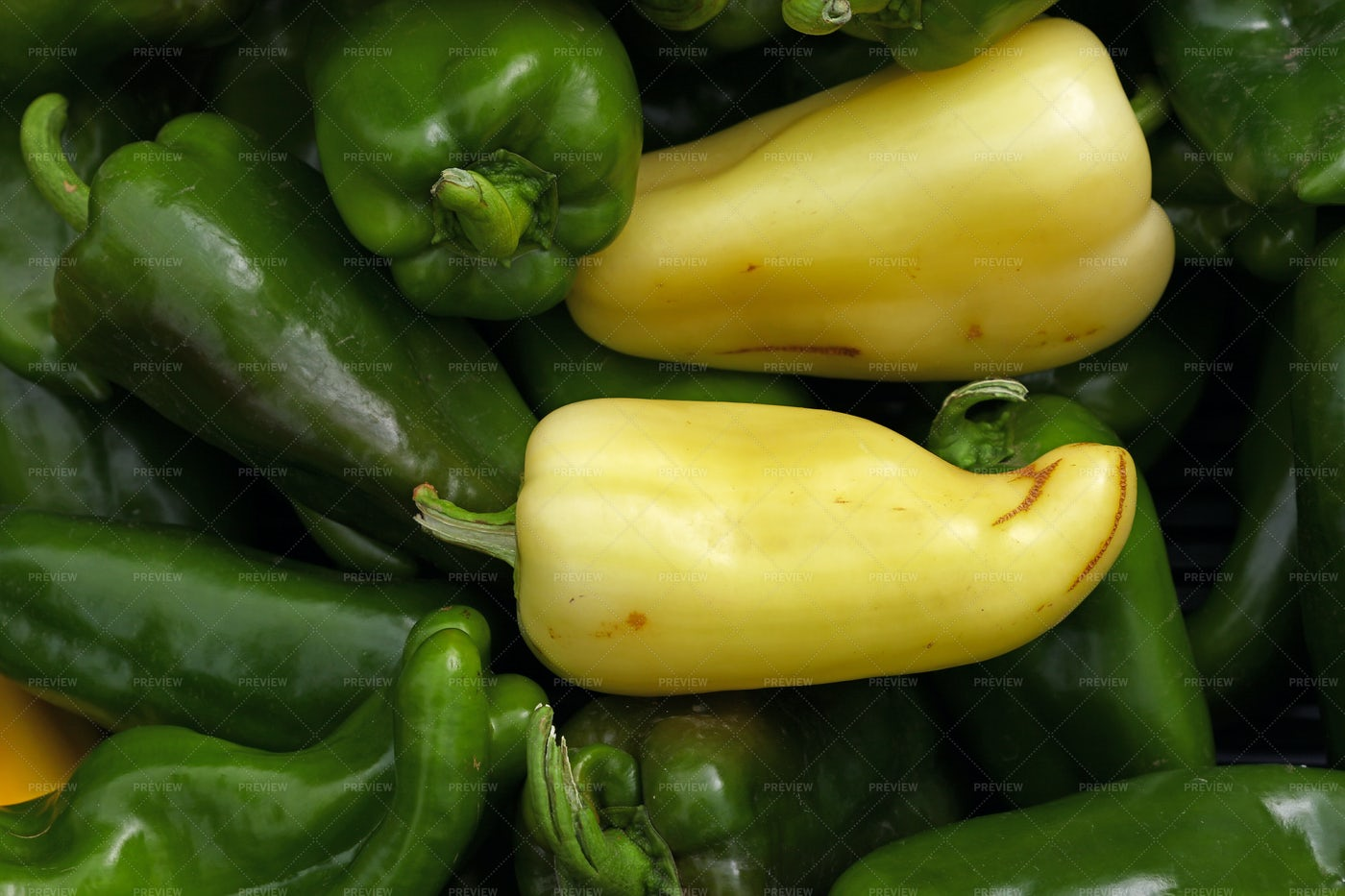 Green And Yellow Bell Peppers: Stock Photos