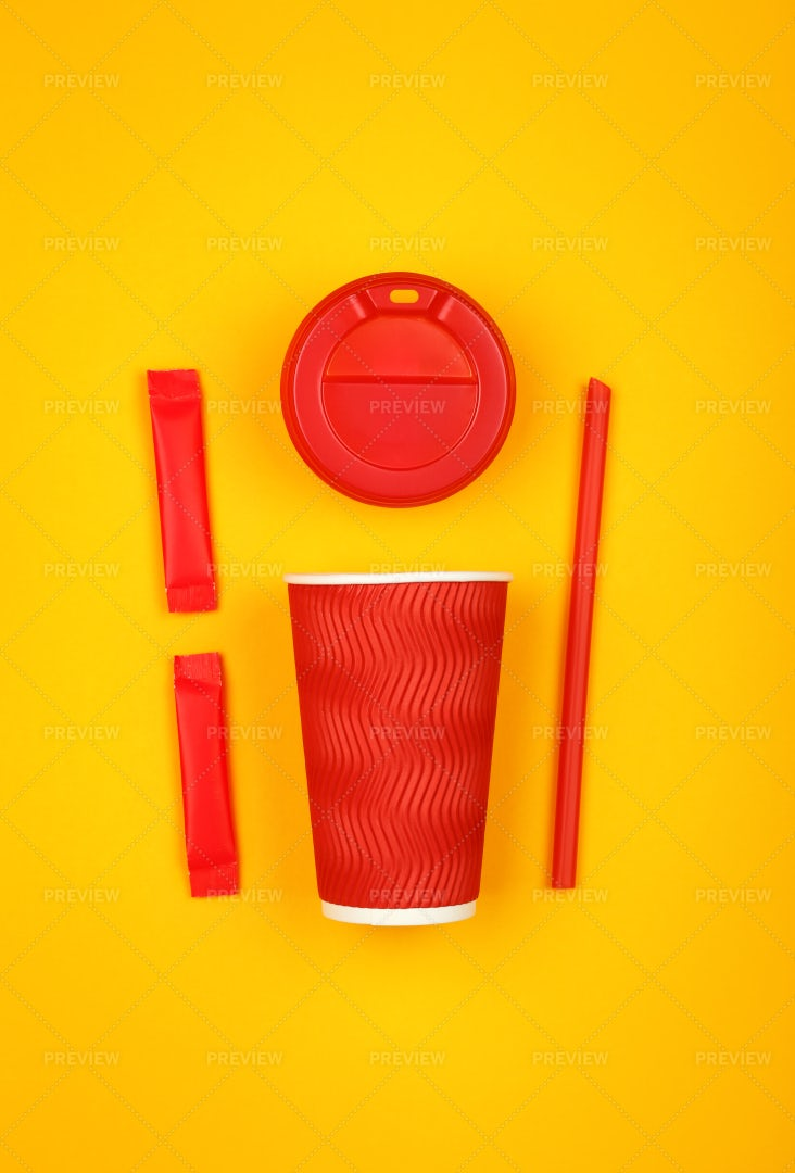 Red Paper Coffee Cup: Stock Photos