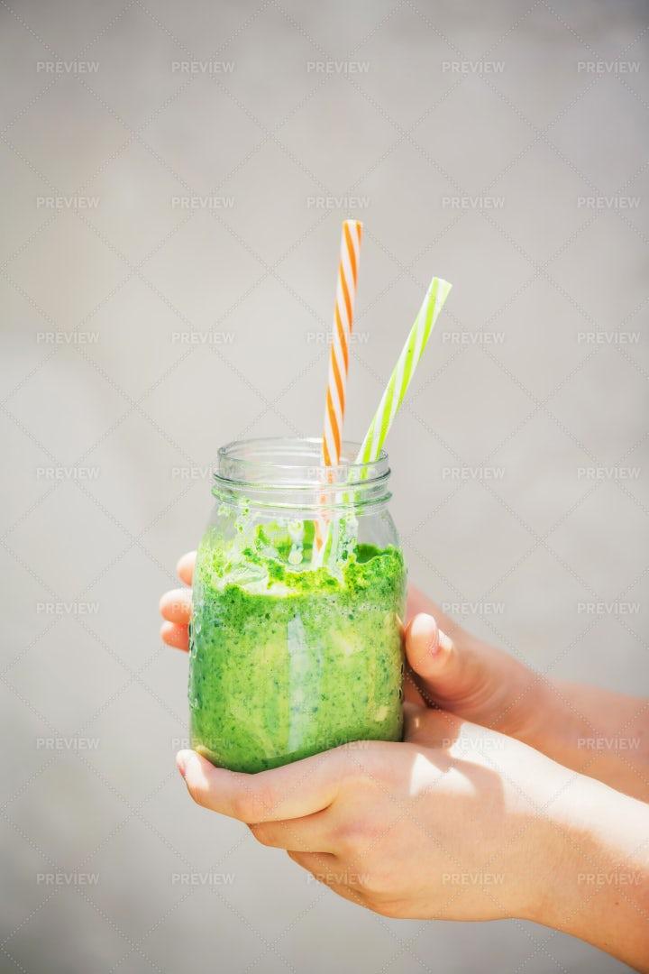 Detox Green Smoothie: Stock Photos