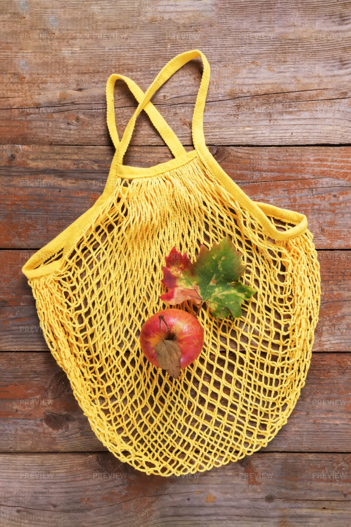 Cotton Bag With Apple: Stock Photos