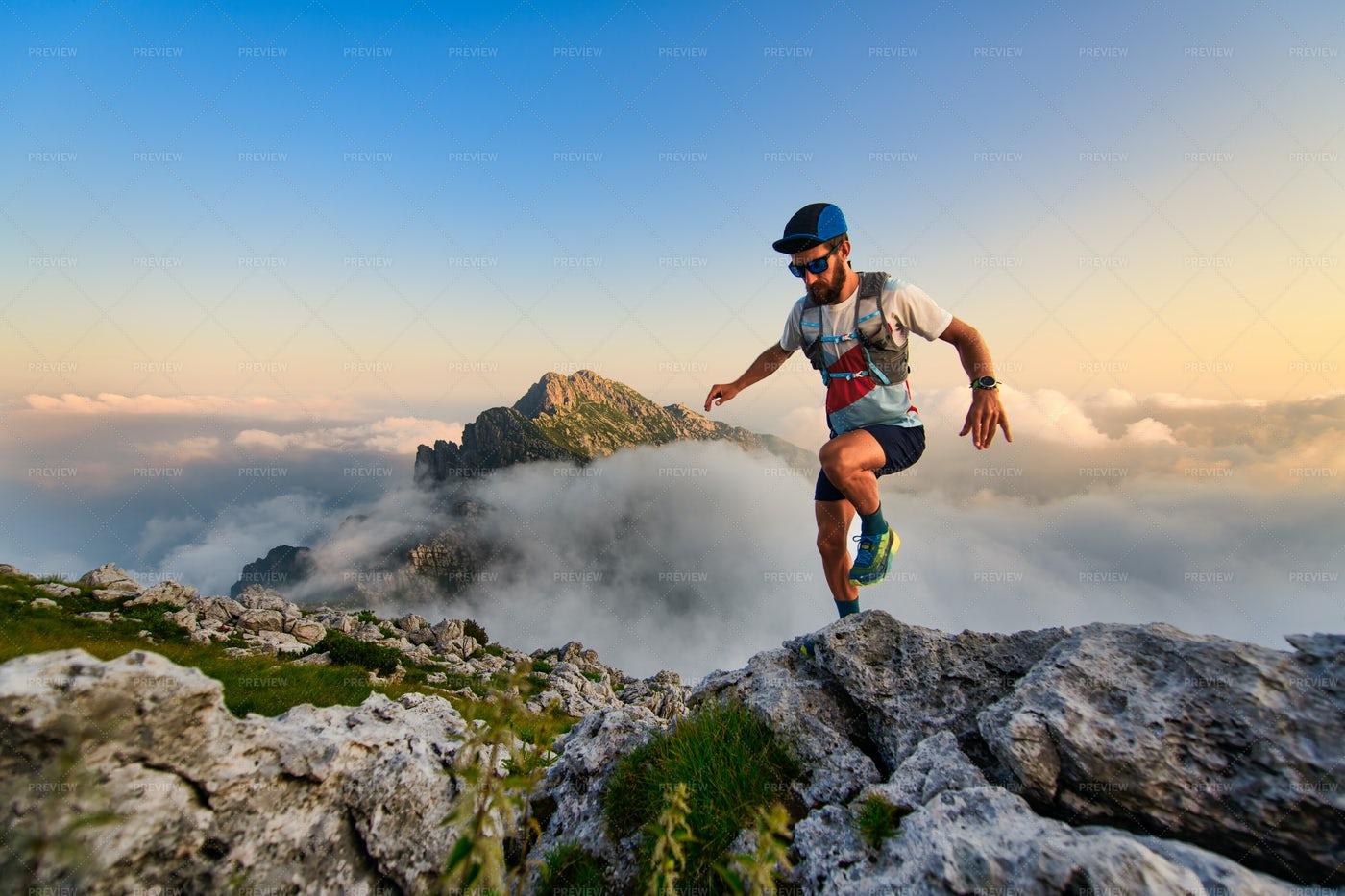 Man Ultramarathon Runner: Stock Photos