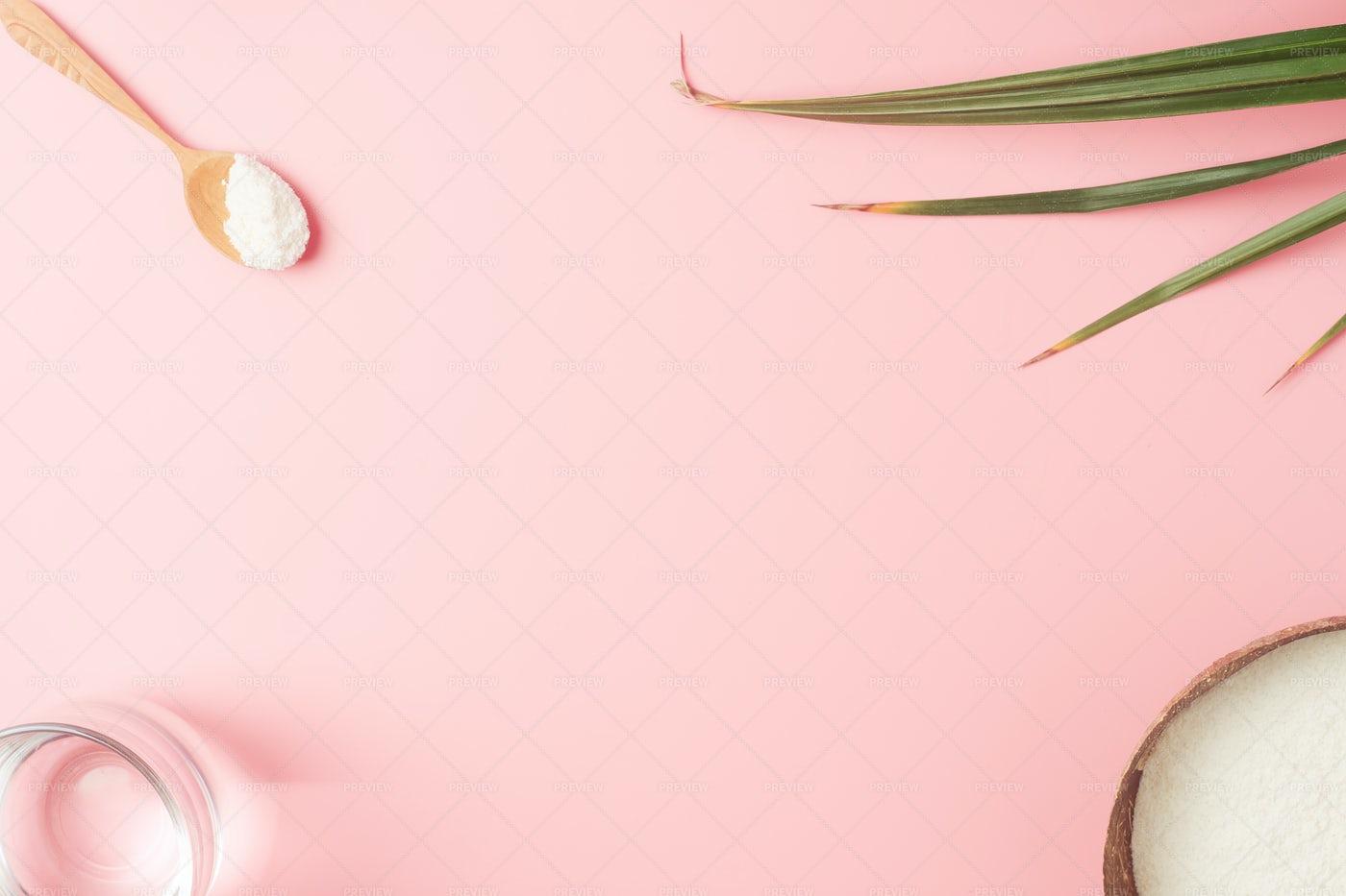 Frame With Collagen Powder: Stock Photos