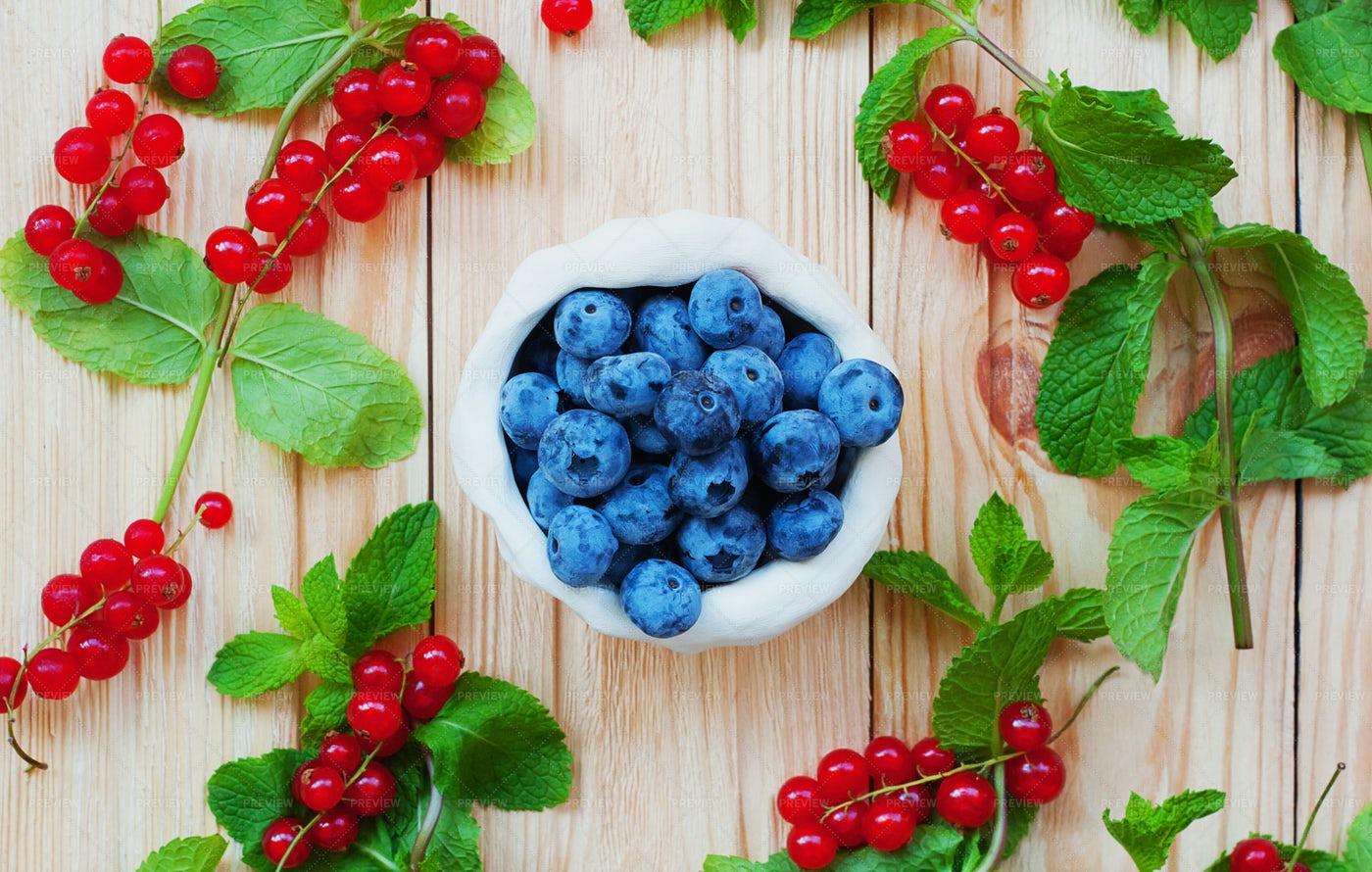 Fruits On Wood: Stock Photos