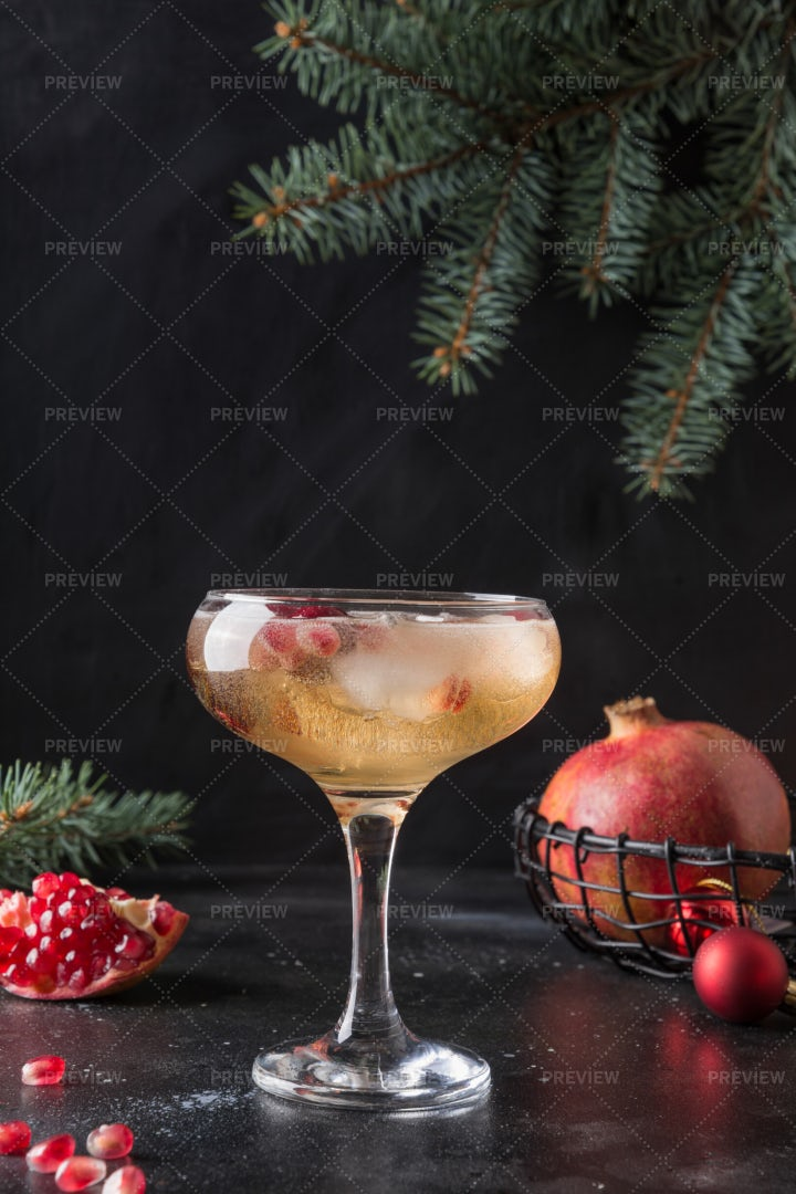 Pomegranate Cocktail Of Sparkling Wine: Stock Photos