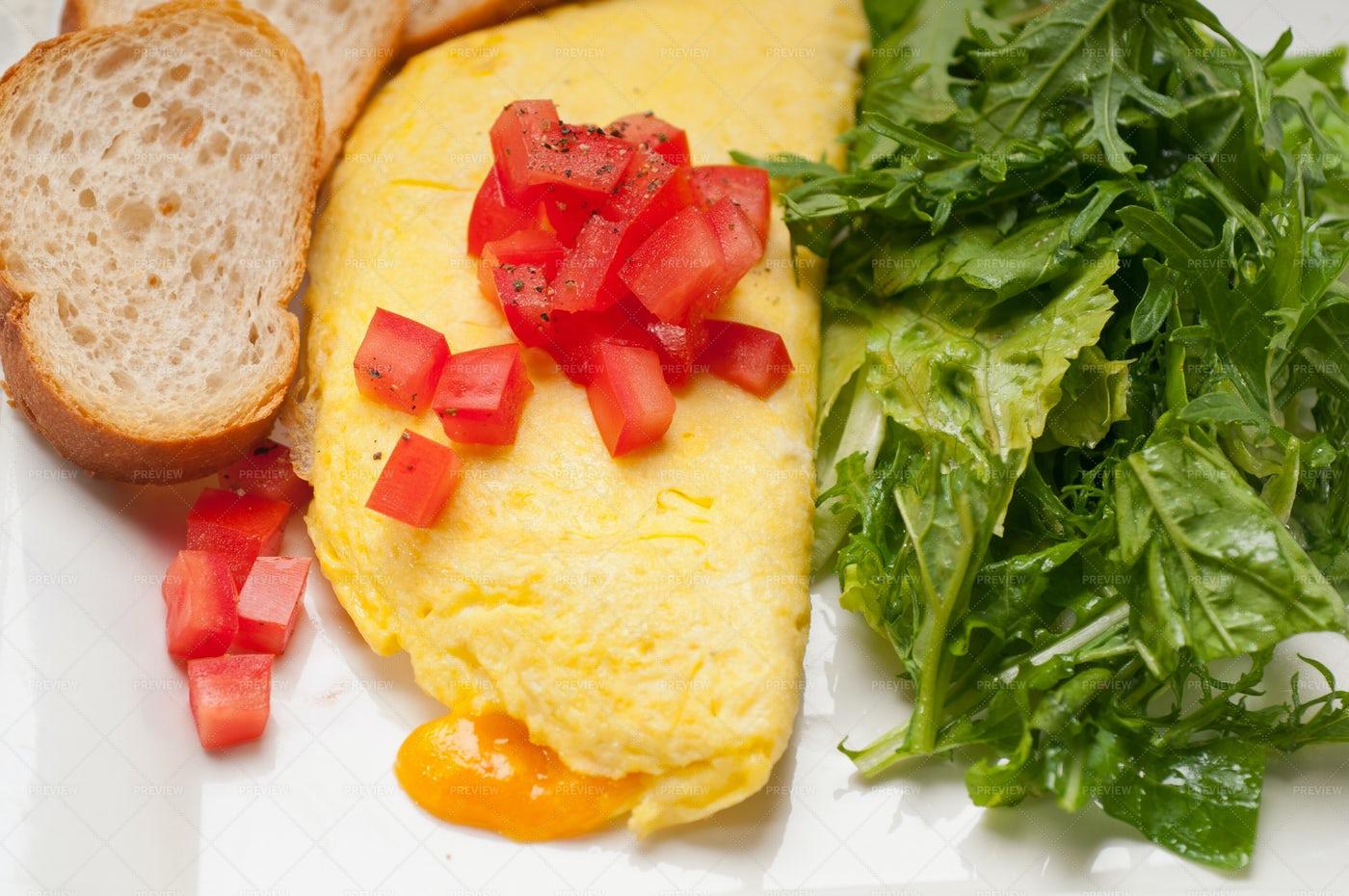 Cheese Ometette With Tomato: Stock Photos