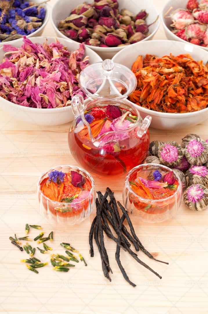 Herbal Floral Tea: Stock Photos