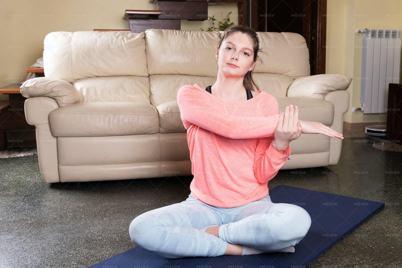 Teenager Doing Yoga: Stock Photos