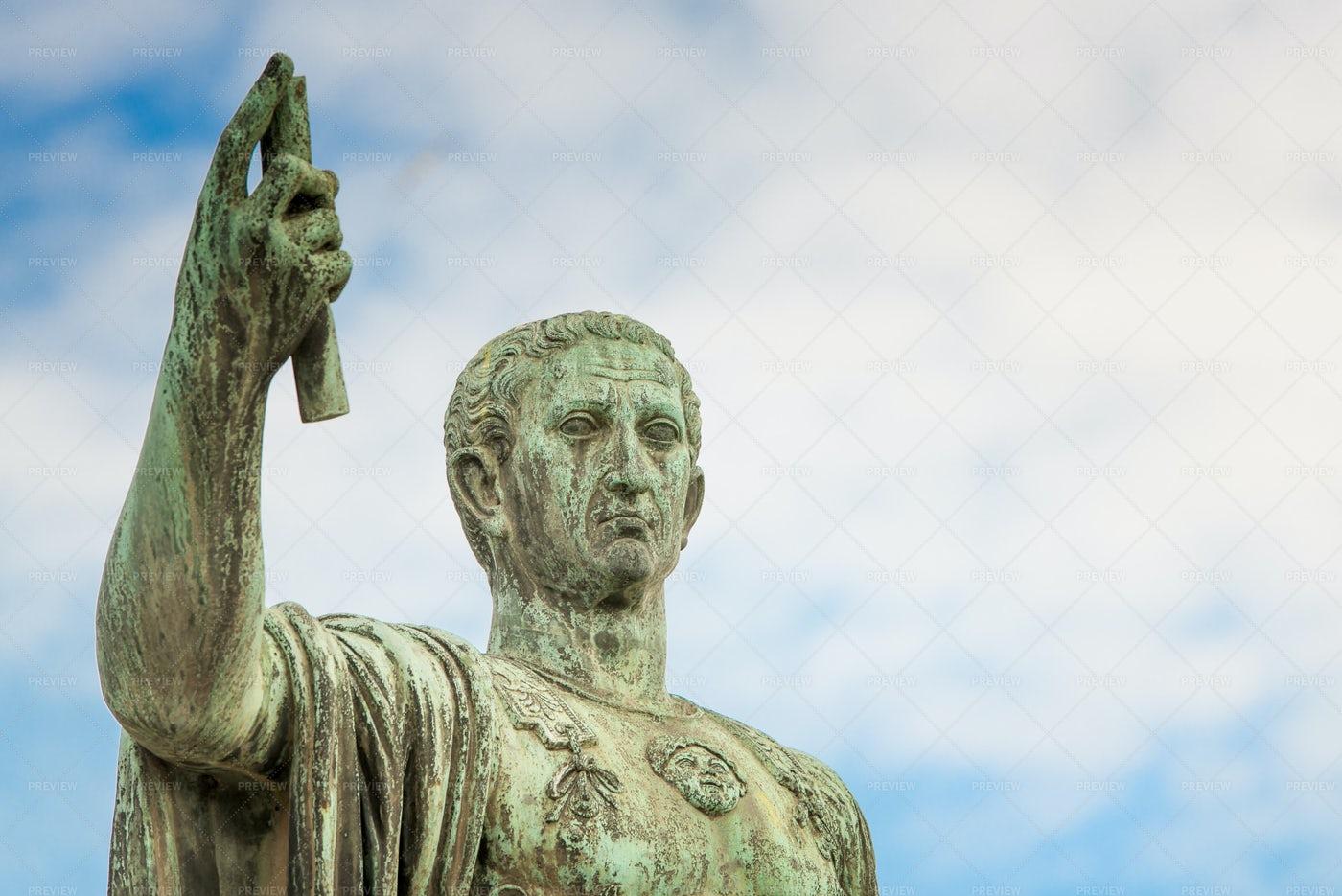 Statue Of Gaius Julius Caesar: Stock Photos