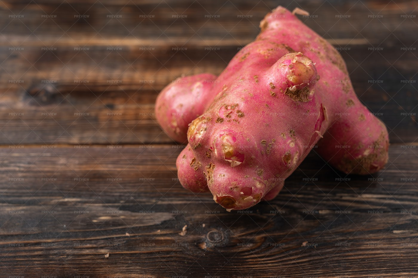 Fresh Organic Potato: Stock Photos