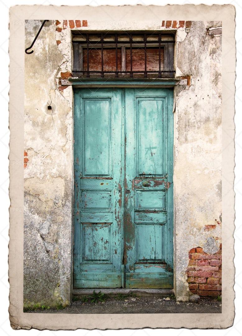 Vintage Wooden Door: Stock Photos