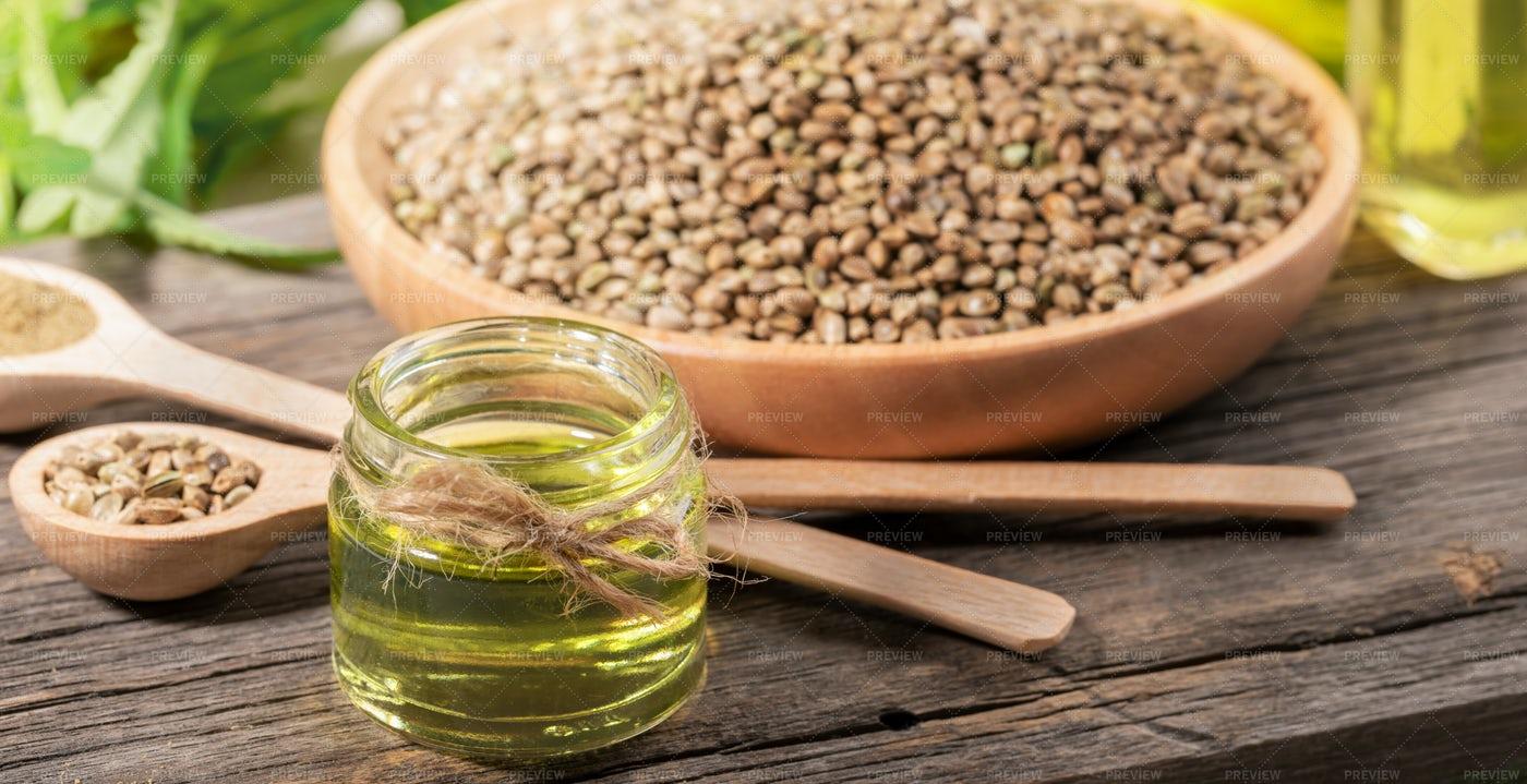Hemp Oil And Seeds: Stock Photos