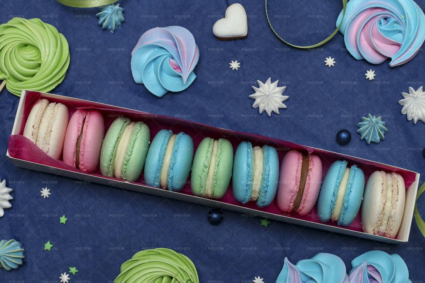 Sweet Macaroons: Stock Photos