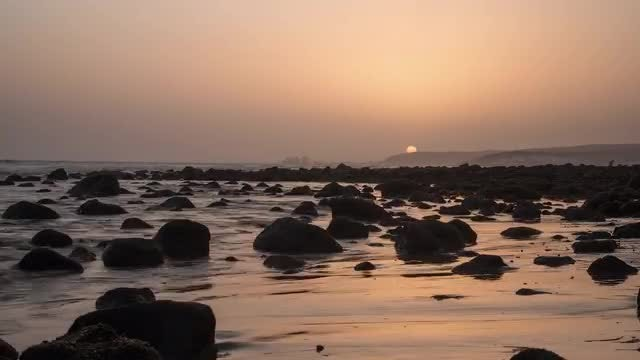 Waves On Coast With Rocks : Stock Video