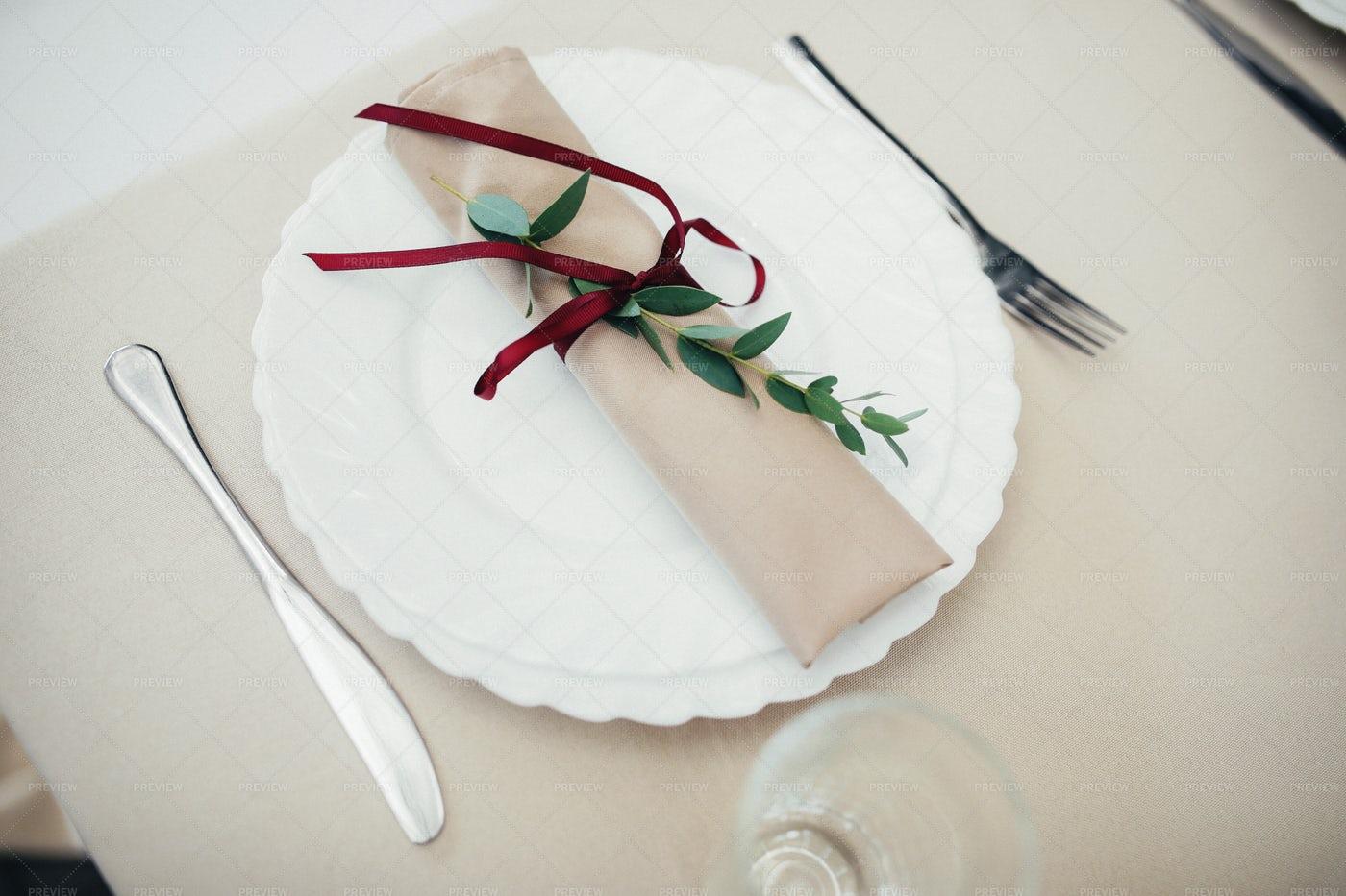 White Wedding Plate: Stock Photos