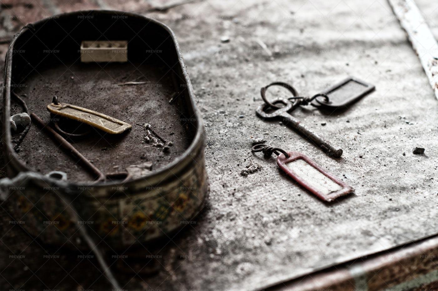 Old Keys And Box: Stock Photos