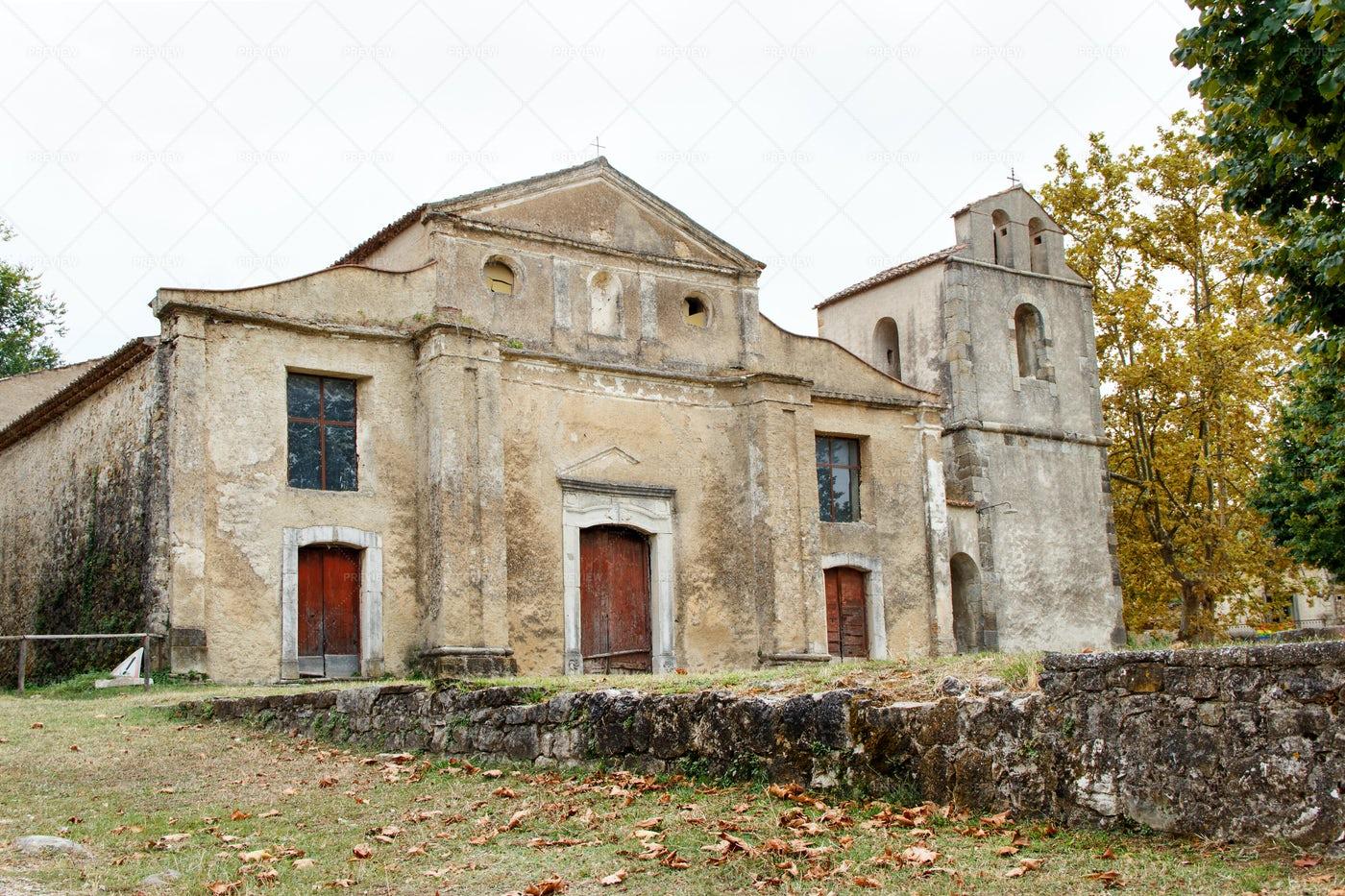 Roscigno Vecchio Town: Stock Photos
