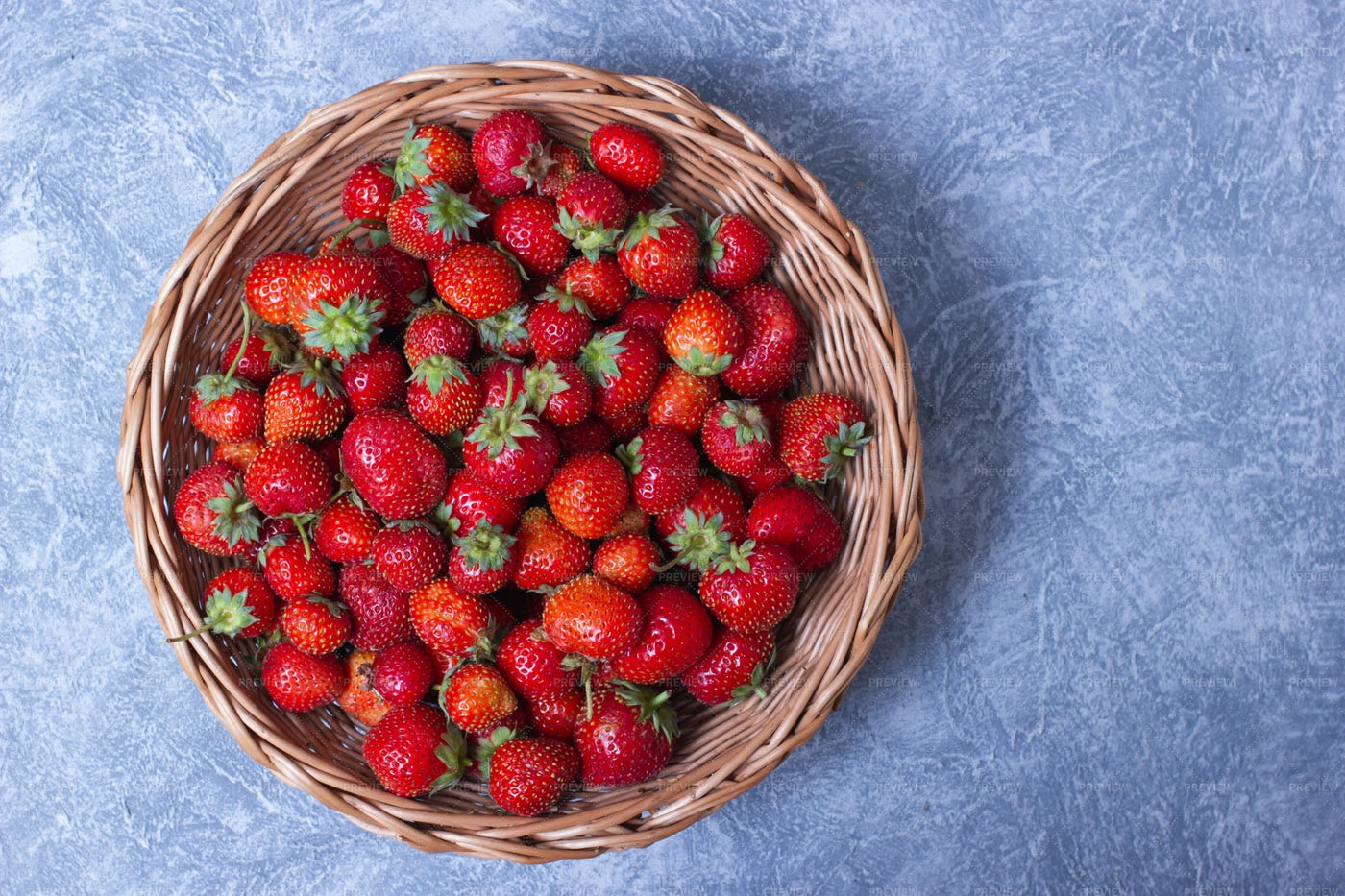 Strawberries In Wicker Plate: Stock Photos