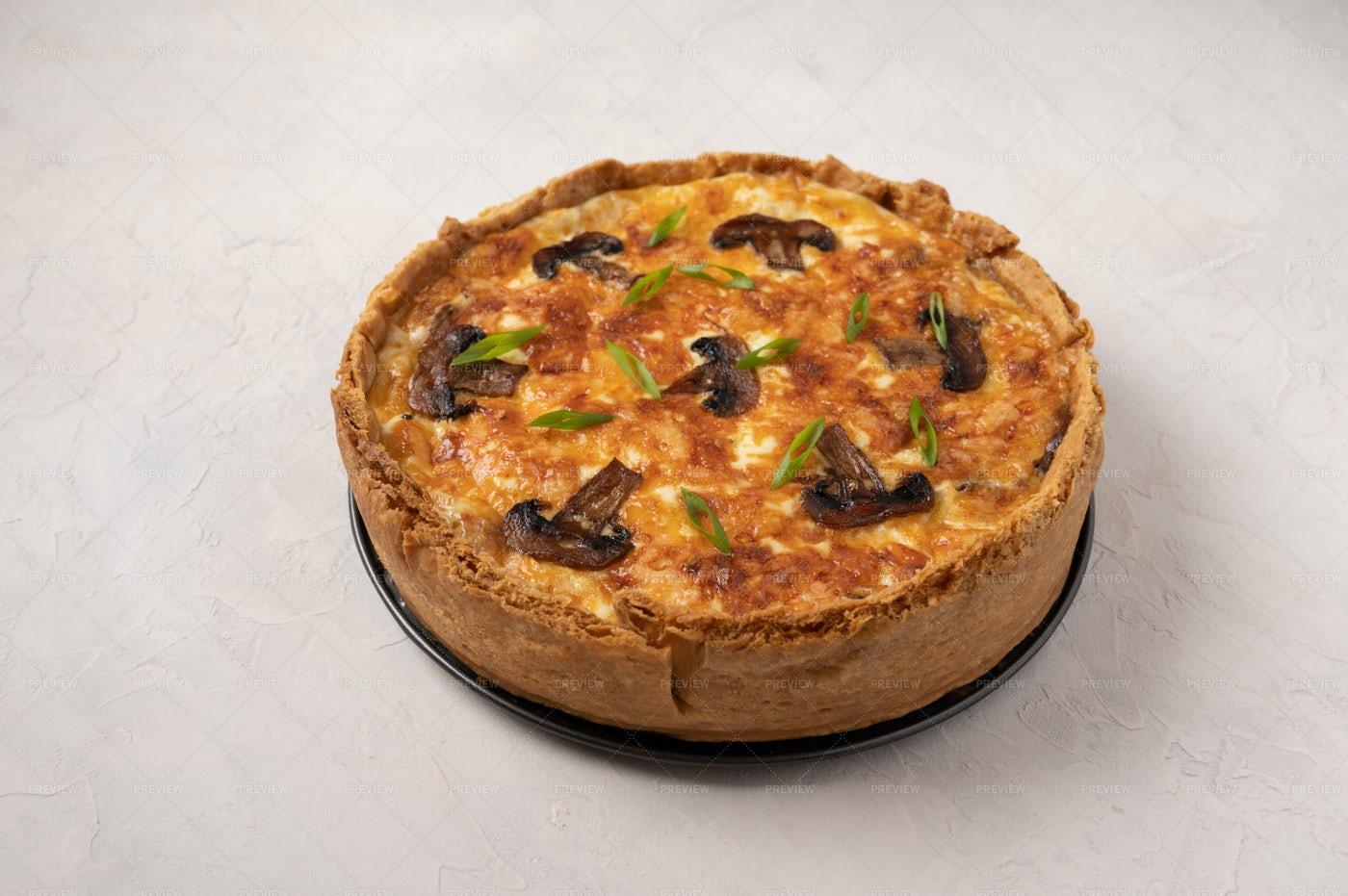 Cheesy Pie: Stock Photos