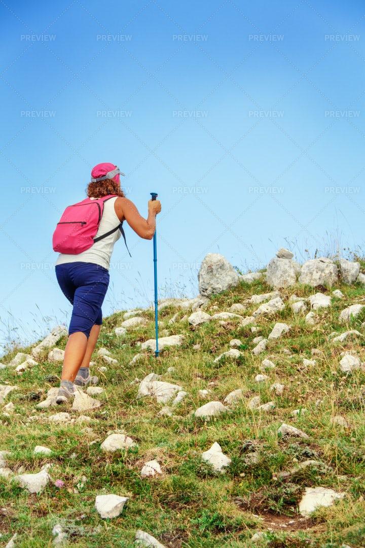 Woman Hiking: Stock Photos