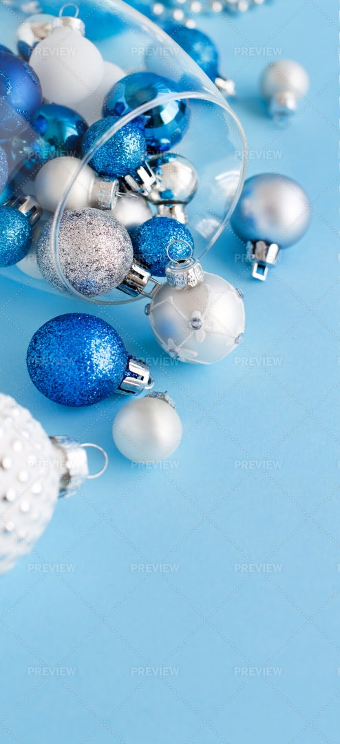 Christmas Baubles: Stock Photos