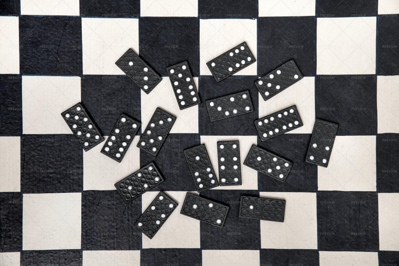 Domino Tiles: Stock Photos