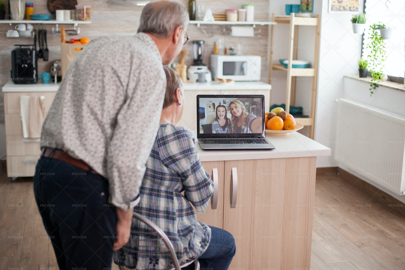 Couple Talking With Niece: Stock Photos