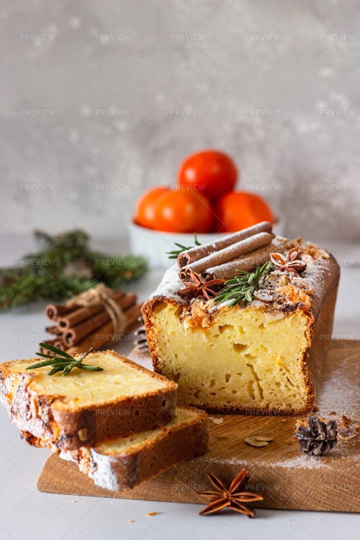 Citrus Loaf Cake: Stock Photos