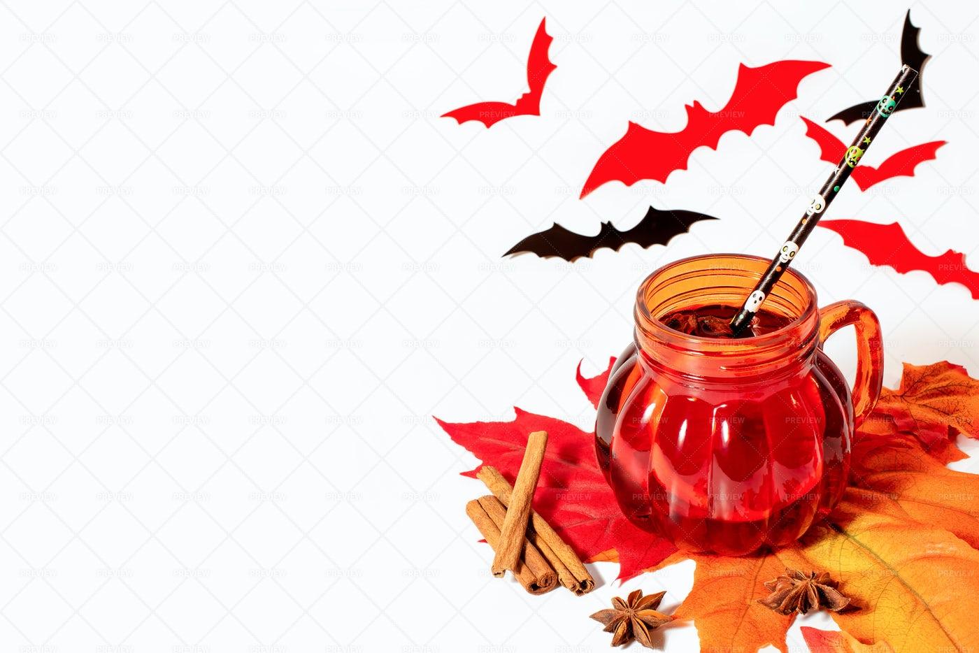 Halloween Mulled Wine Background: Stock Photos
