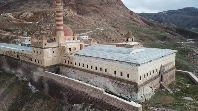 Historic Ishak Pasha Palace: Stock Video