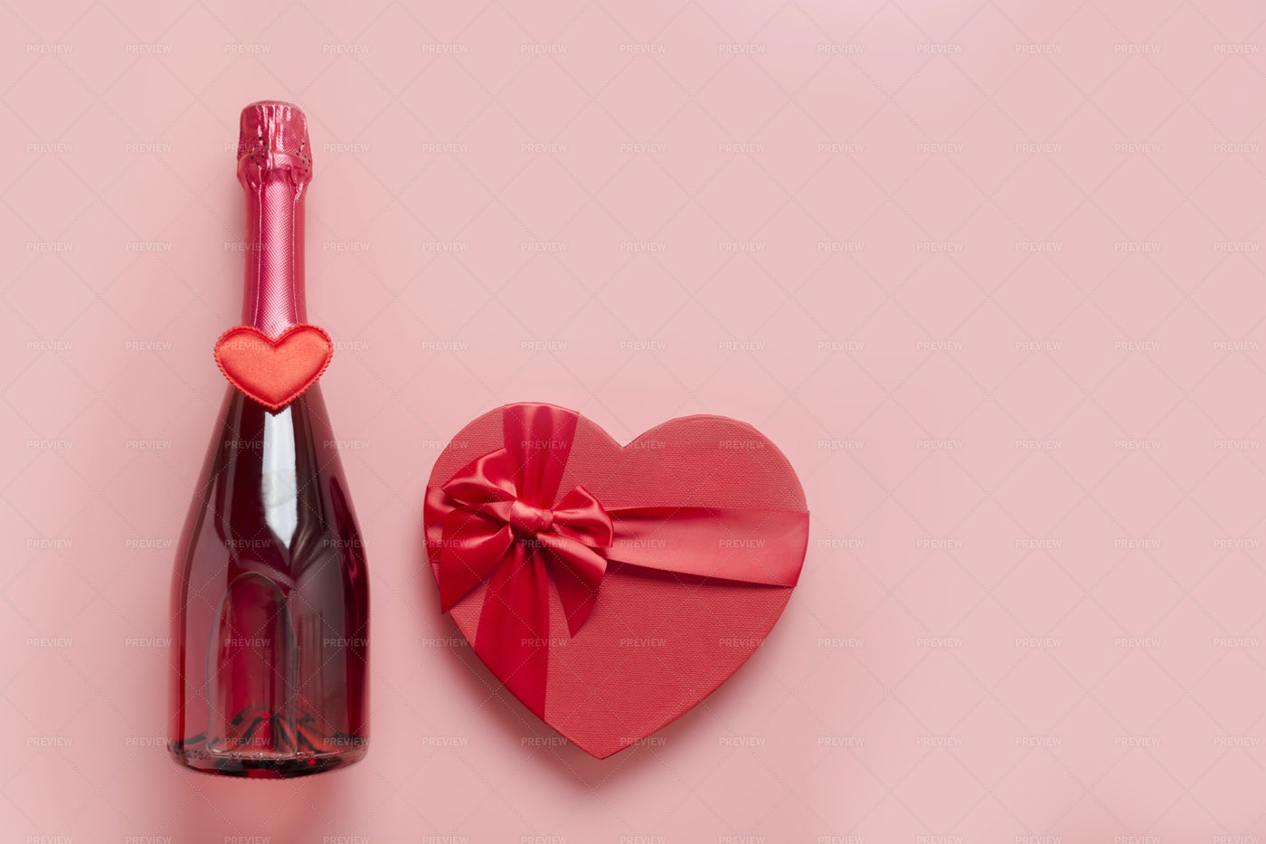 Sparkling Wine And Gift: Stock Photos