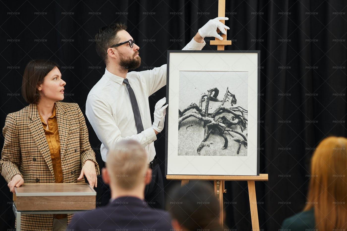 Modern Art In Auction: Stock Photos