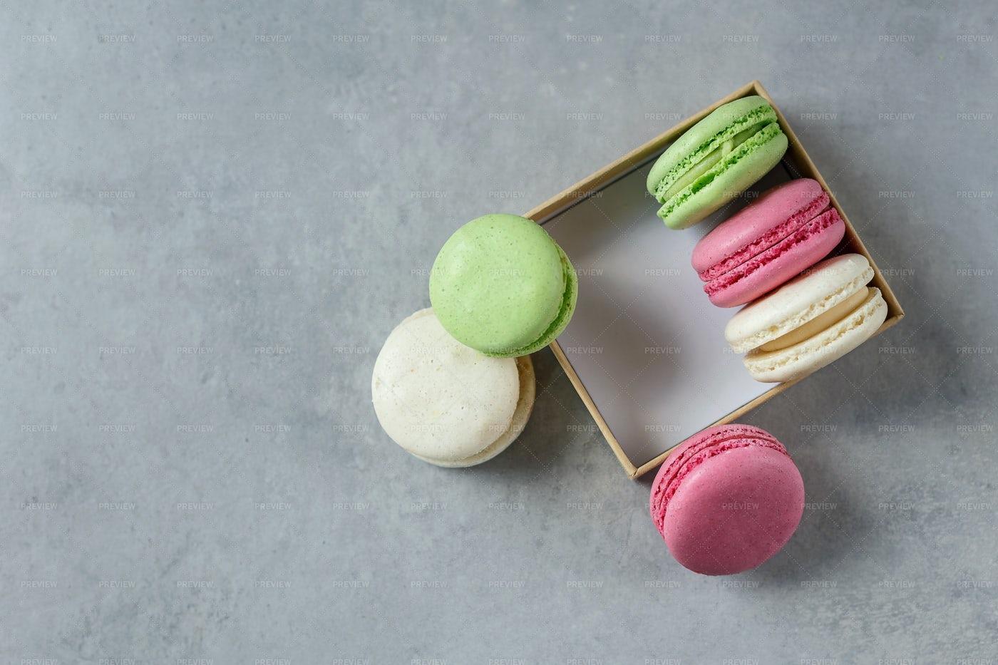 Macarons In Box: Stock Photos