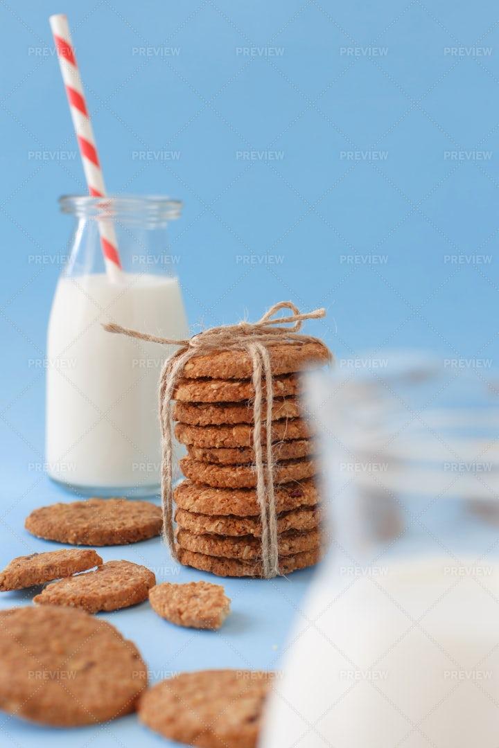 Milk And Cookies: Stock Photos
