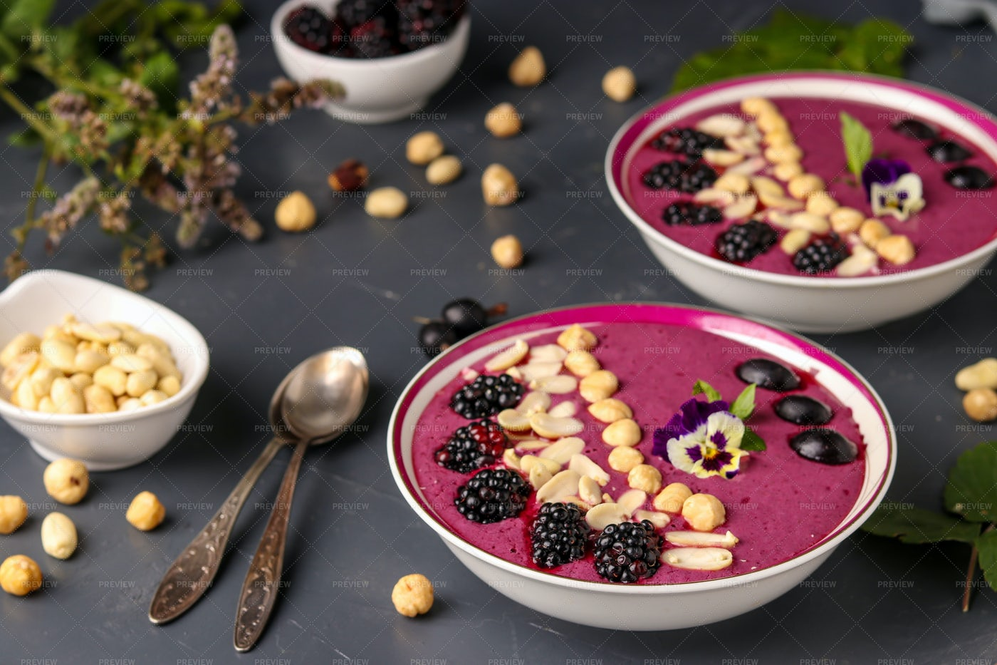 Smoothie Bowl With Blackberries: Stock Photos