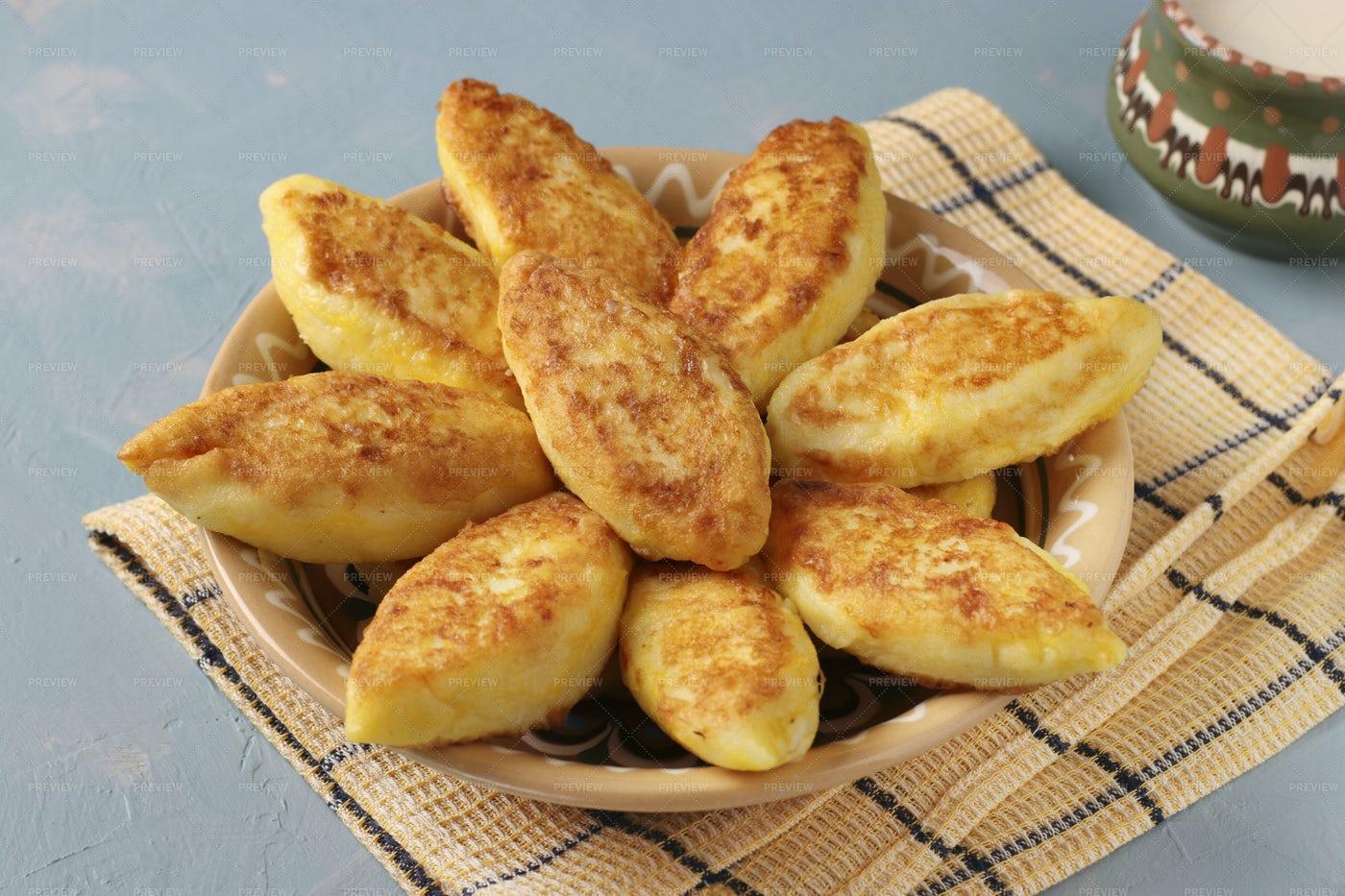 Traditional Ukrainian Dish Syrniki: Stock Photos
