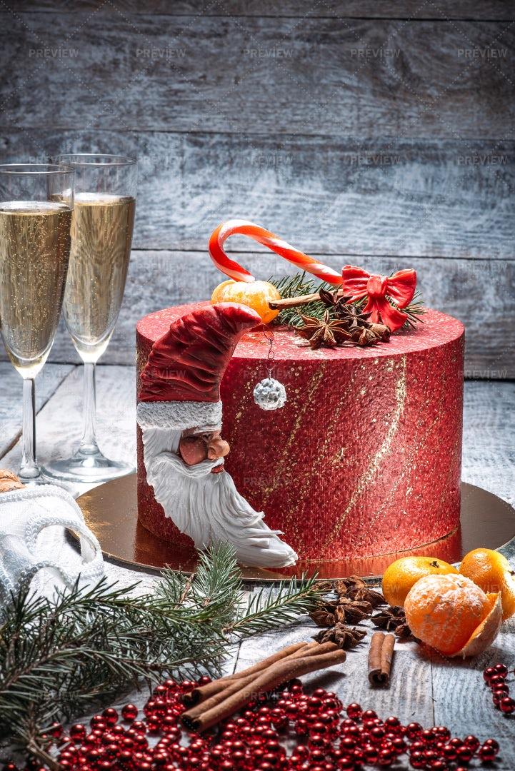 Christmas Cake: Stock Photos