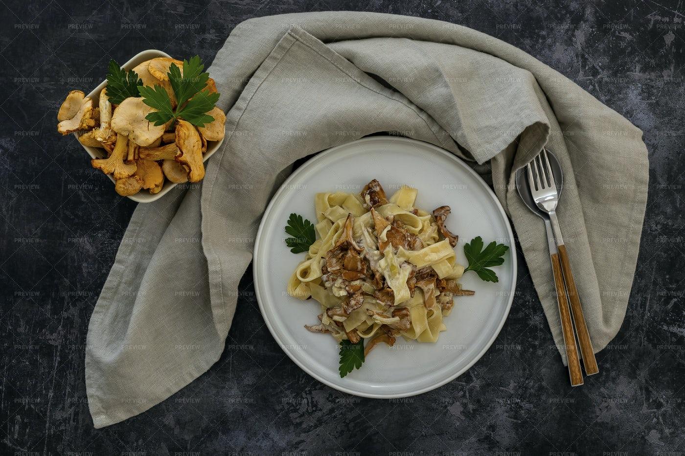 Pasta With Mushrooms: Stock Photos