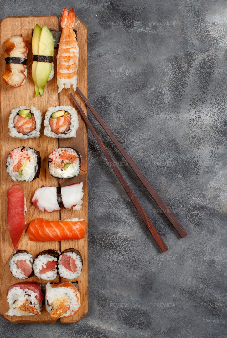 Sushi Roll Set: Stock Photos