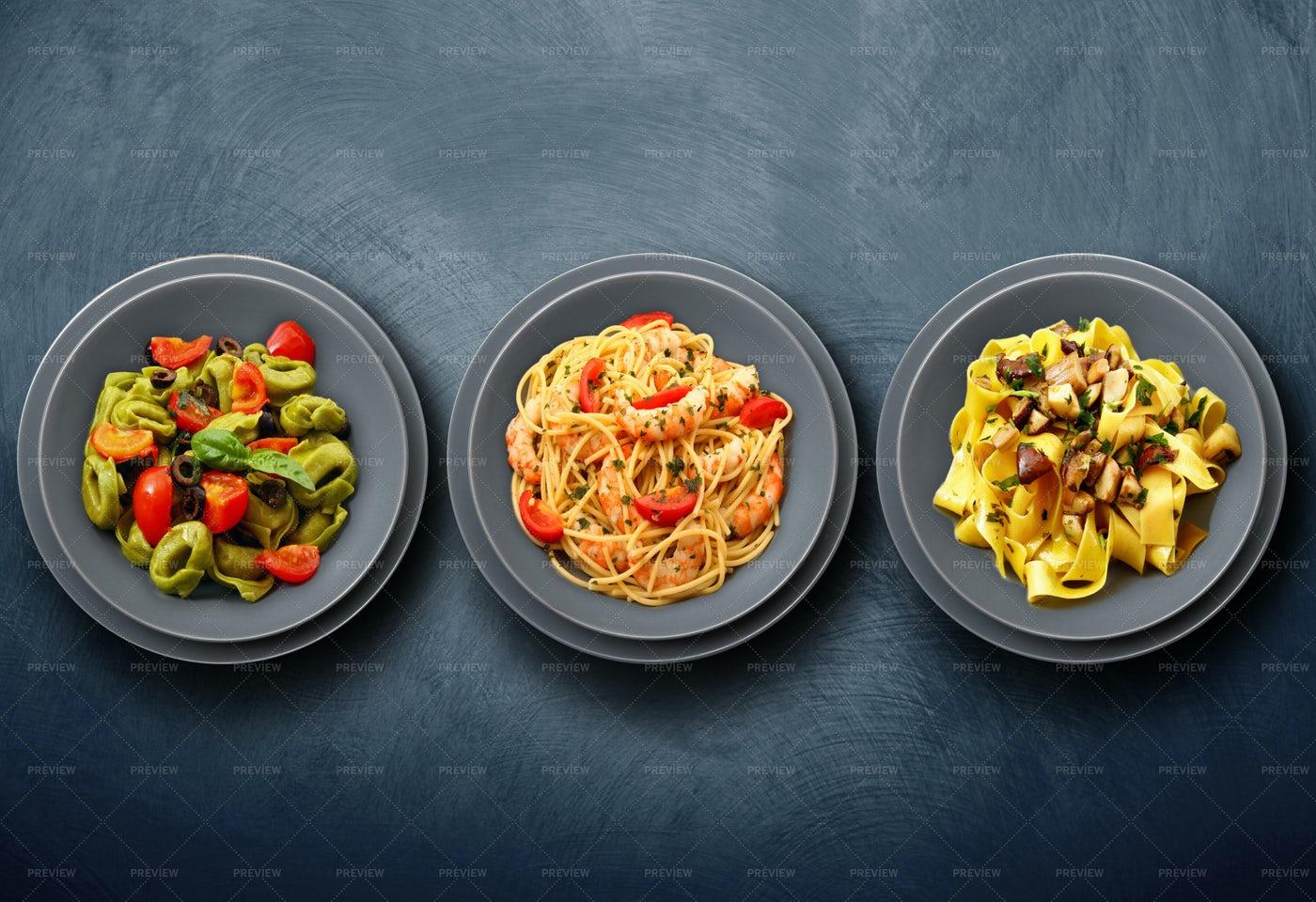 Types Of Pasta: Stock Photos