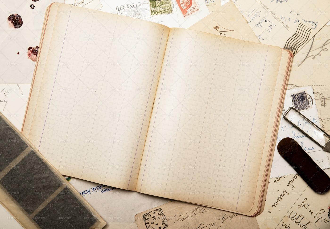 Vintage Paper: Stock Photos