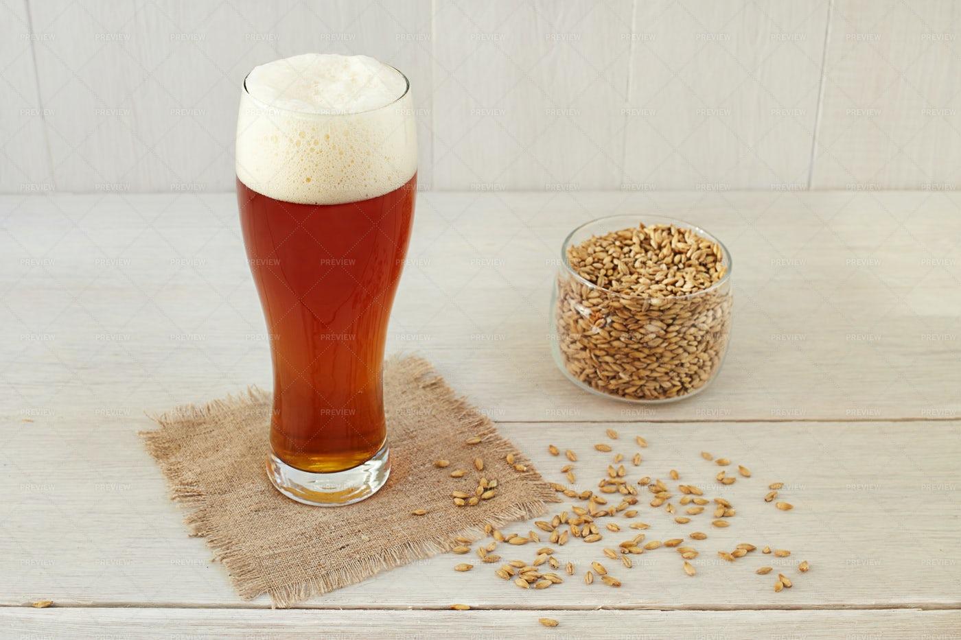 Homemade Barley Beer: Stock Photos