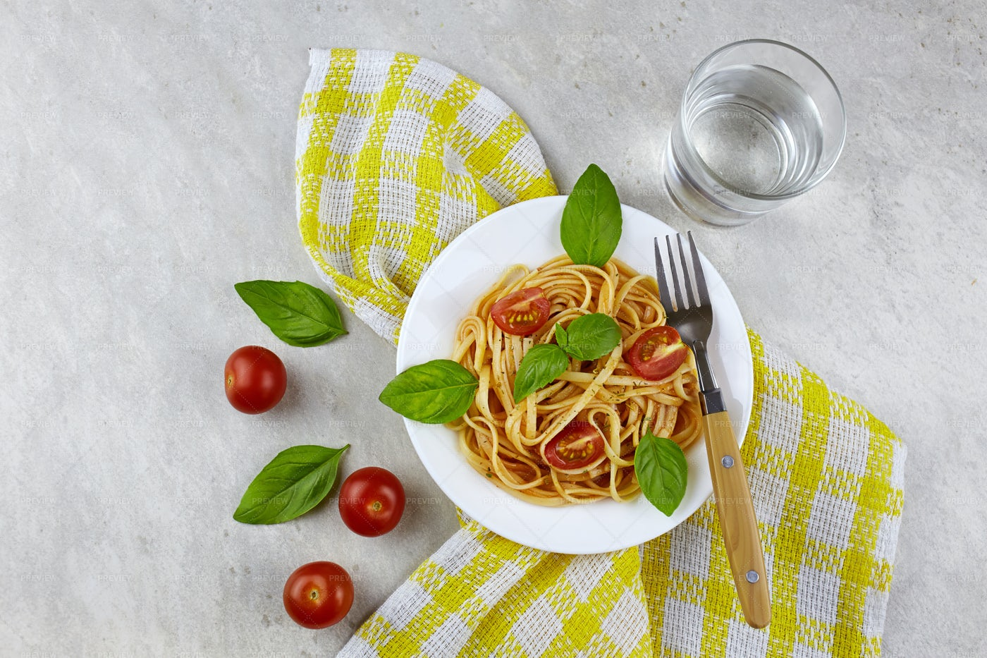 Pasta With Tomatoes: Stock Photos