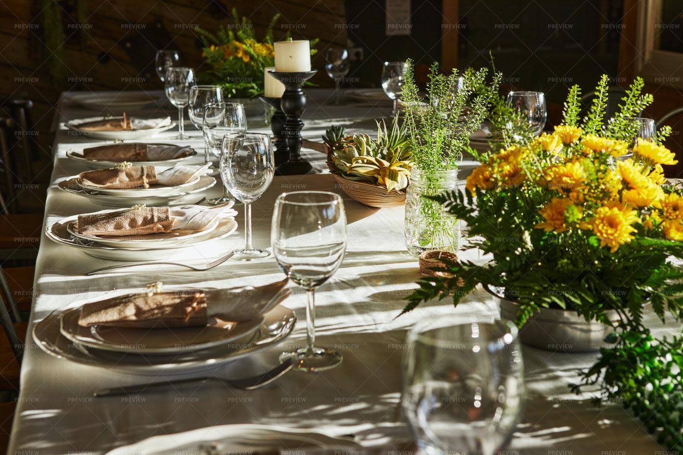 Springtime Garden Table Setting: Stock Photos