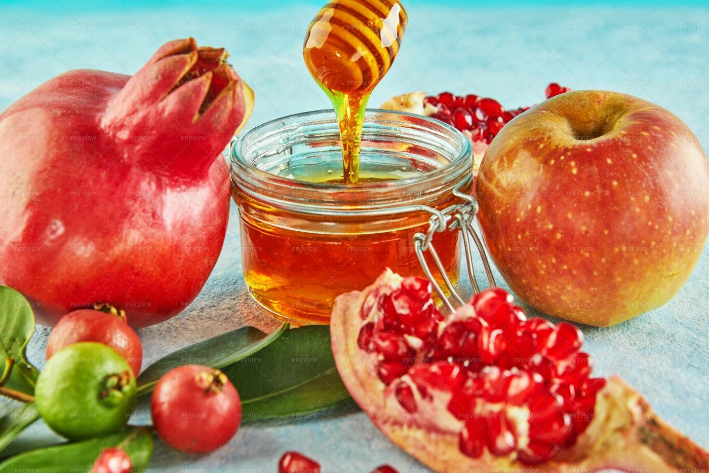 Honey, Apple And Pomegranate: Stock Photos