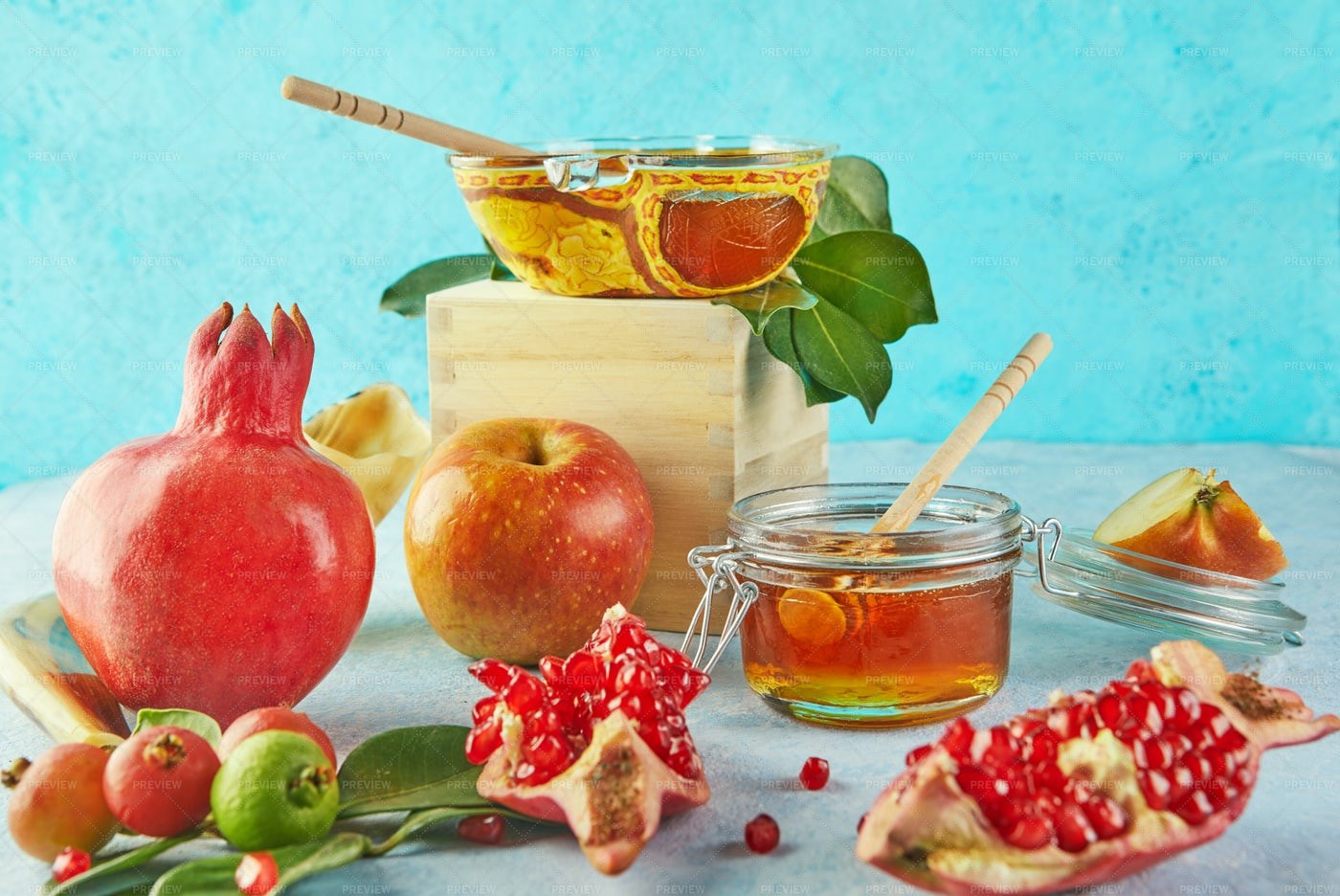Rosh Hashanah Setting: Stock Photos