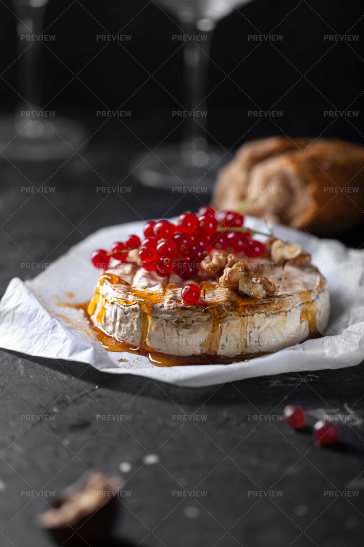 Camembert Cheese With Berries: Stock Photos