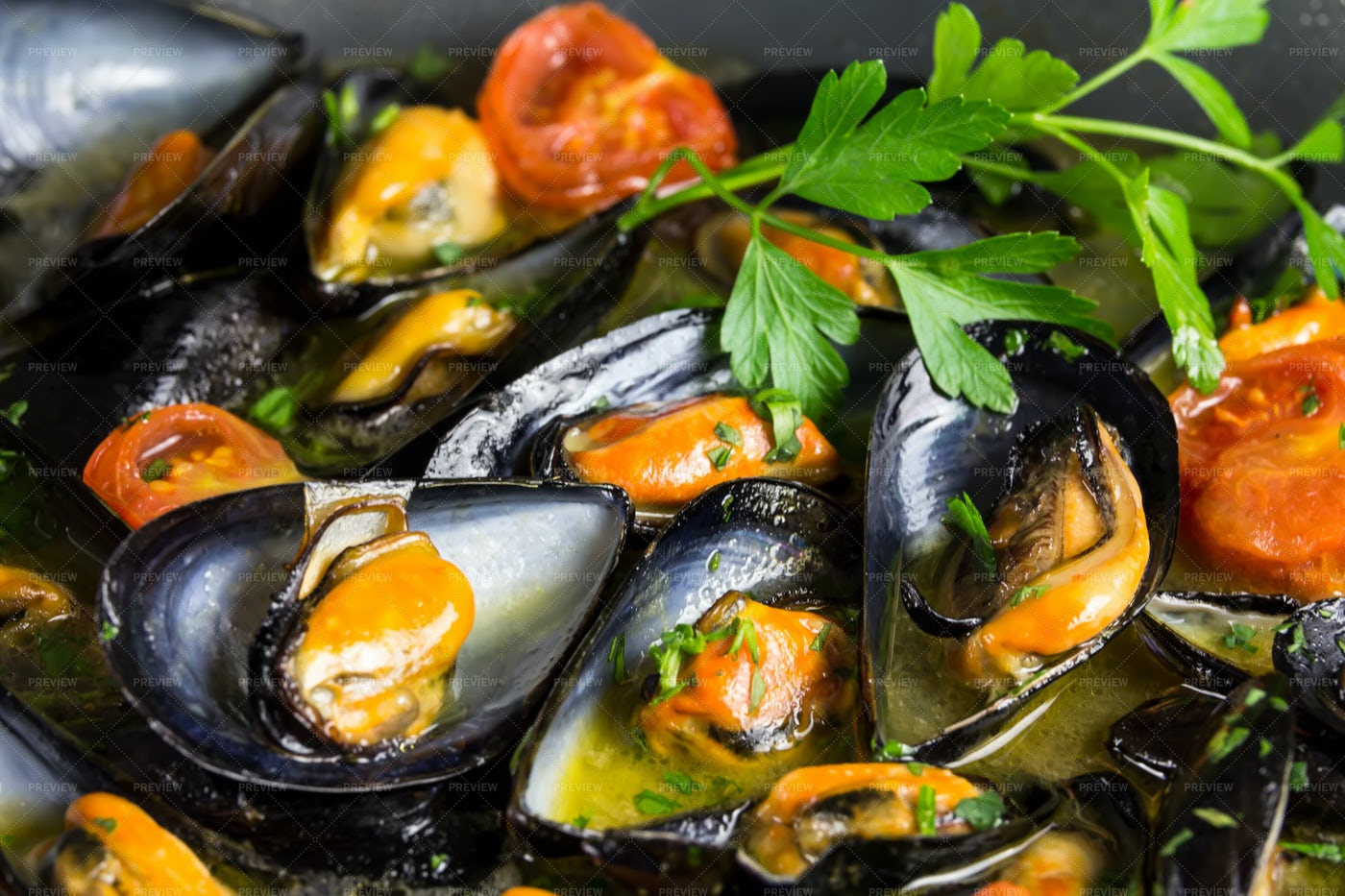 Pile Of Delicious Mussels: Stock Photos