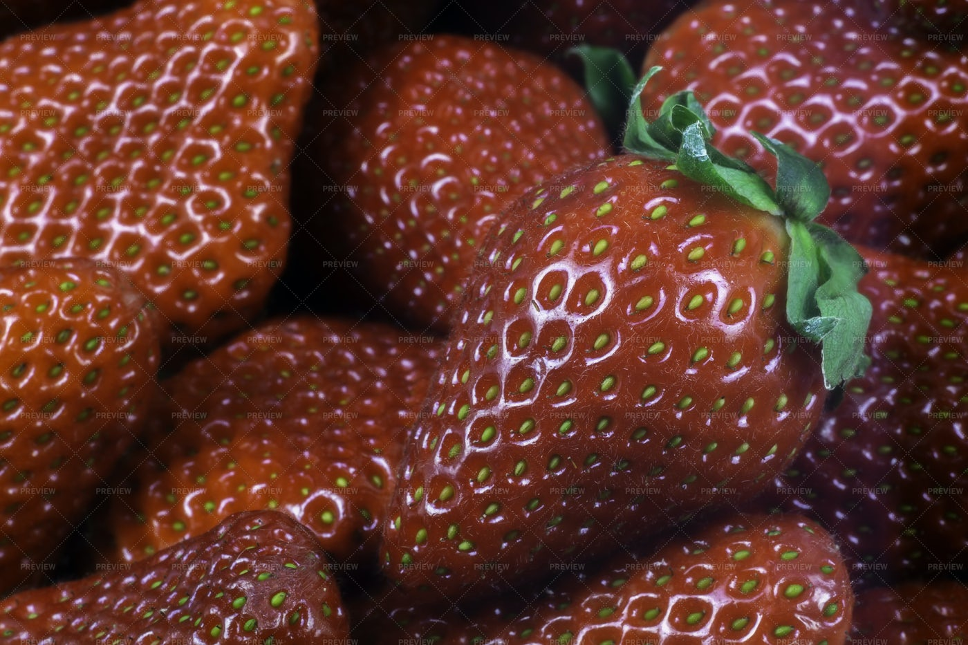 Close-Up Of Strawberries: Stock Photos
