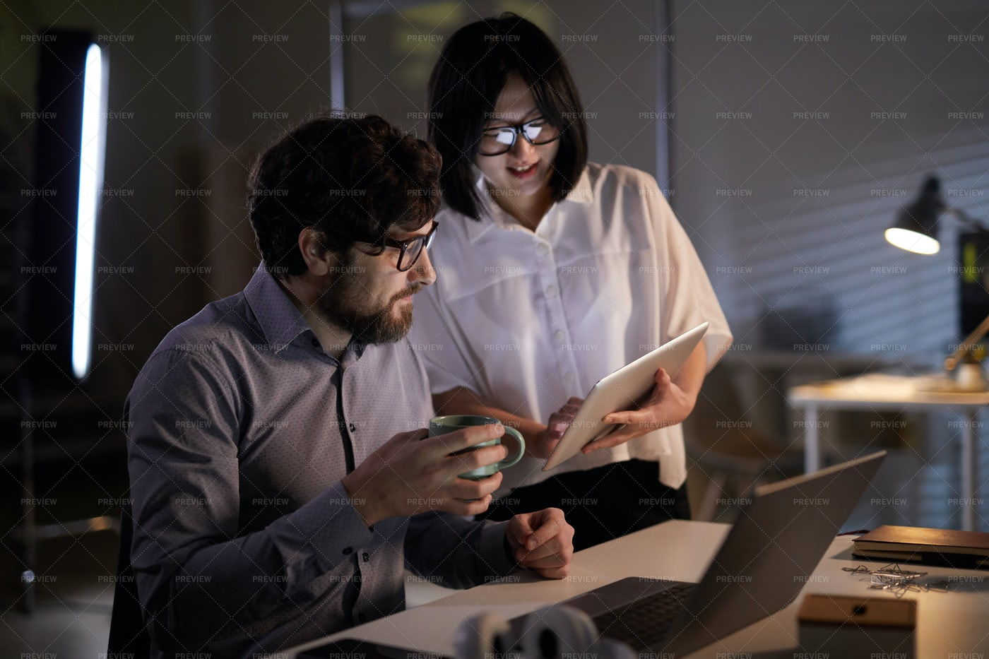 Business People Working Together: Stock Photos