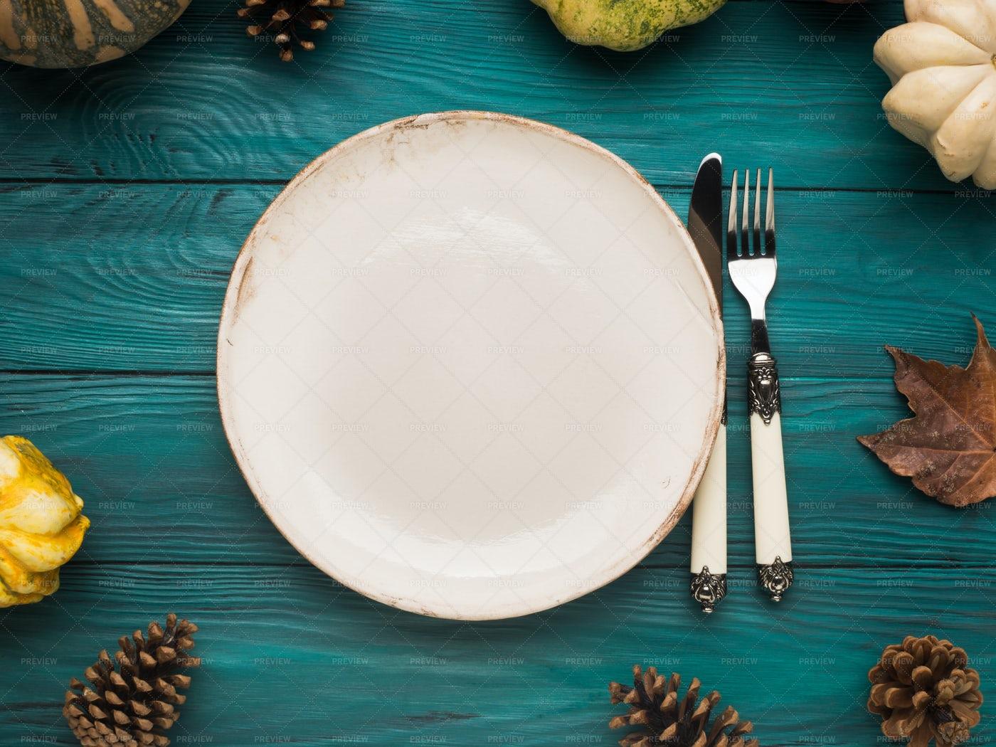 Empty Plate On Autumn: Stock Photos